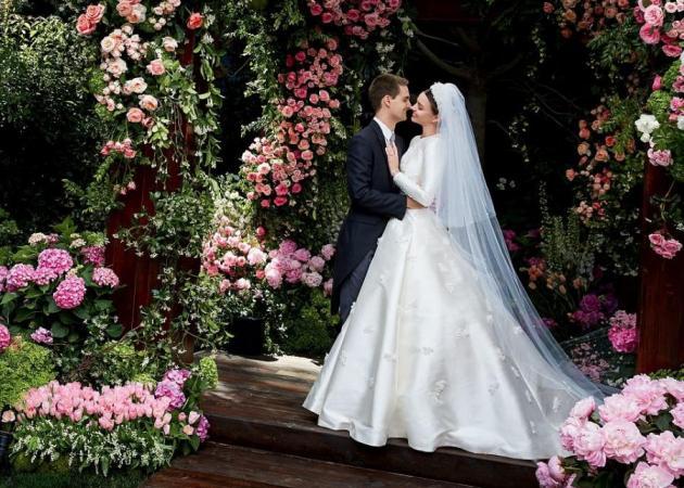 Miranda Kerr: Ο παραμυθένιος γάμος και το νυφικό που εμπνεύστηκε από την Grace Kelly! [pics]