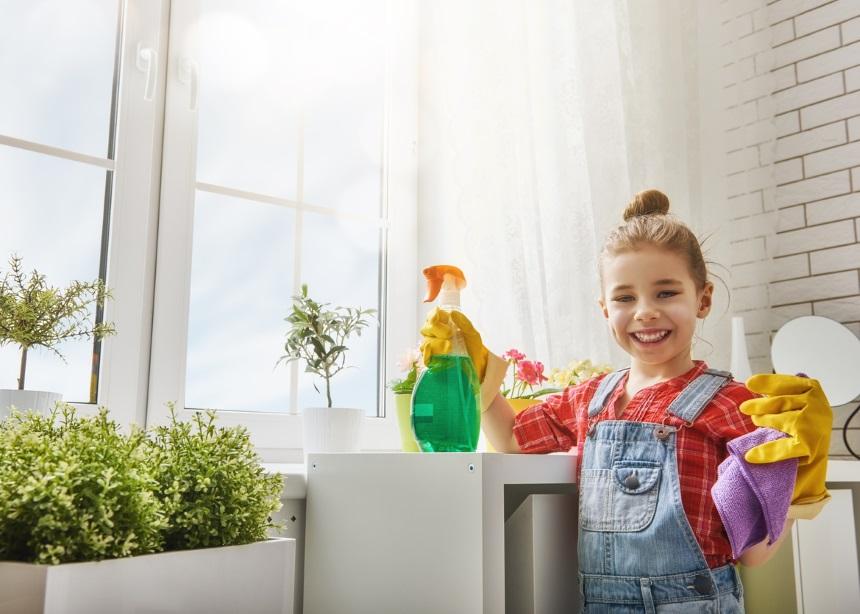 Μικροδουλειές: Ποιες μπορούν να κάνουν τα παιδιά ανάλογα με την ηλικία τους | tlife.gr