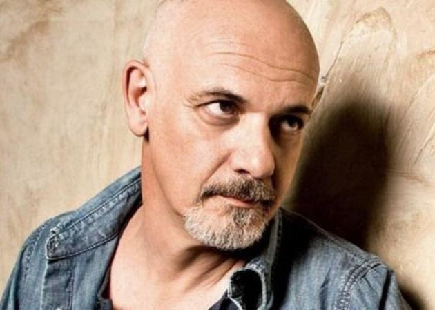 Γιώργος Κιμούλης: Ο αδερφός του είναι γνωστός σκηνοθέτης και του μοιάζει πολύ | tlife.gr