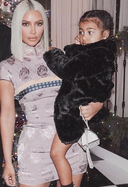 Η Kim Kardashian με Dior | tlife.gr