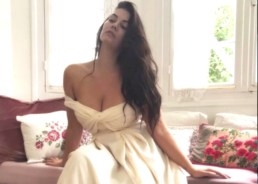 Μαρία Κορινθίου: Ντύνεται και πάλι νύφη! [pics] | tlife.gr