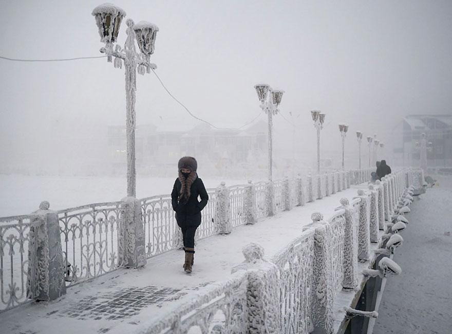 Αυτό είναι το πιο κρύο χωριό στον κόσμο! Η θερμοκρασία φθάνει τους -71! Δεν δουλεύουν τα κινητά!   tlife.gr