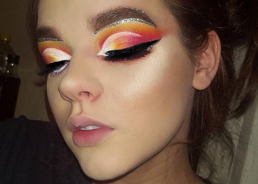 Αυτή η makeup artist περνάει ένα τέλειο κοινωνικό μήνυμα μέσα από το instagram! | tlife.gr