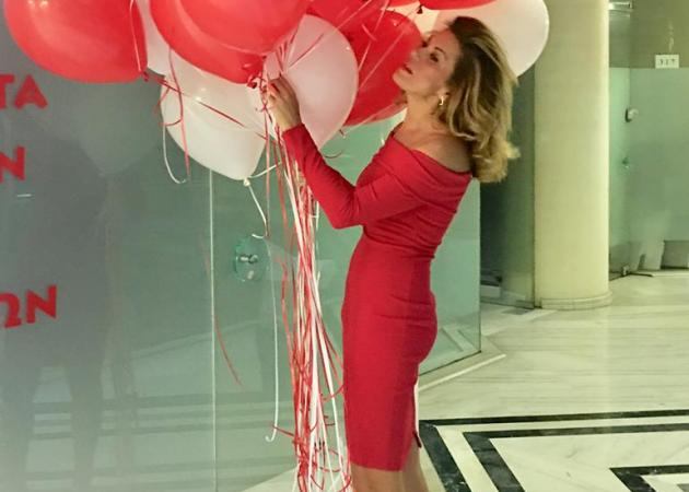 Ευγενία Μανωλίδου: Εντυπωσιακή στα κόκκινα, στο πλευρό του Άδωνι Γεωργιάδη! [pics] | tlife.gr