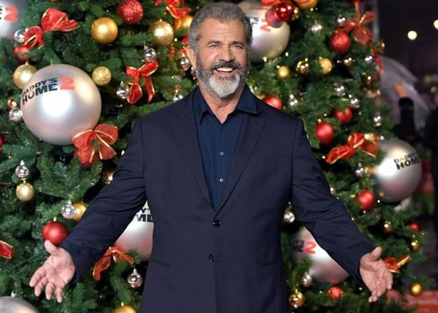 Αγνώριστος ο Mel Gibson σε πρόσφατη έξοδό του! [pics]