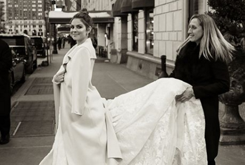 Mαρία Μενούνος: Οι αδημοσίευτες φωτογραφίες με το νυφικό της, από την ημέρα του γάμου της! | tlife.gr
