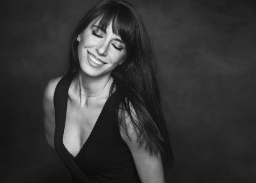 Μιρέλα Πάχου: Μόλις κυκλοφόρησε το νέο της video clip | tlife.gr