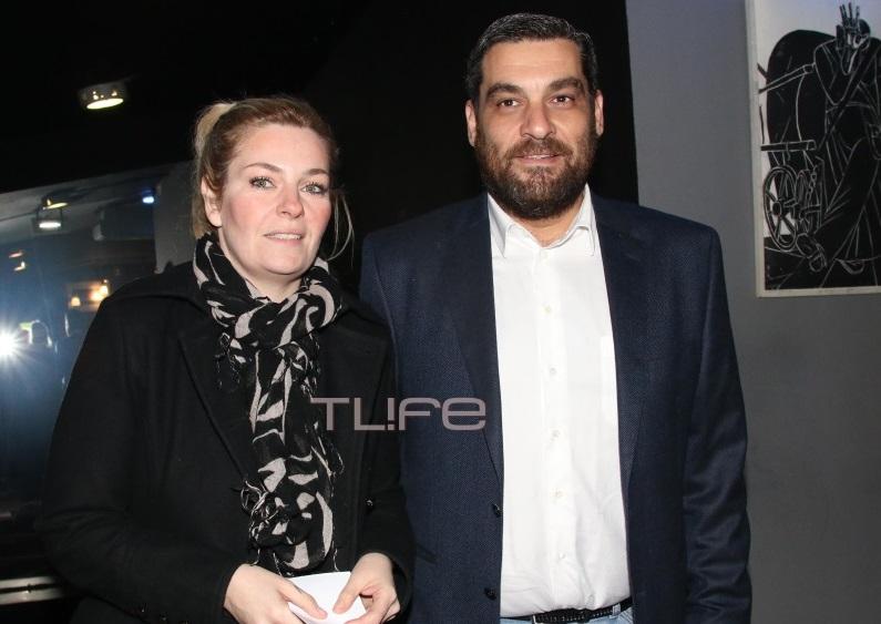 Ελισάβετ Μουτάφη: Με casual look στο θέατρο, παρέα με τον σύντροφό της!   tlife.gr