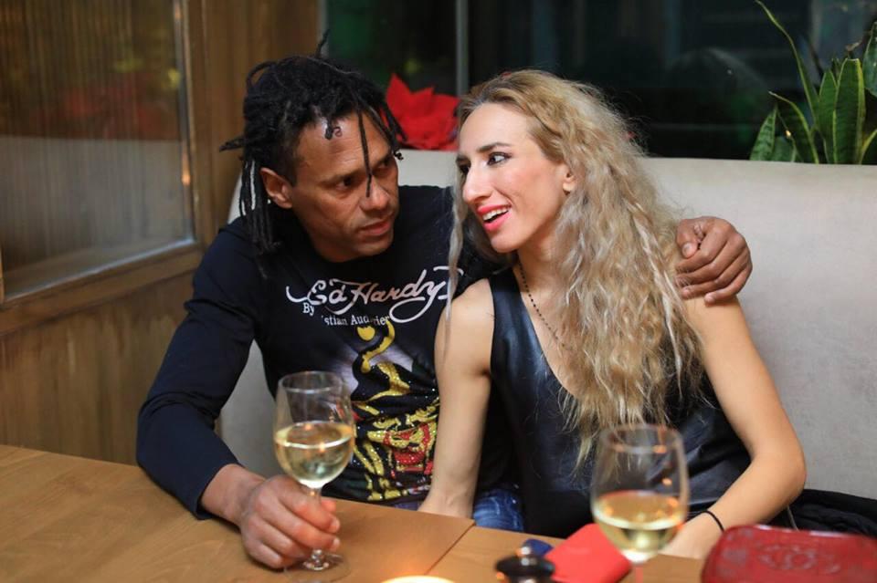 Ντανιέλ Μπατίστα: Σπάνια βραδινή έξοδος με τη σύντροφο της ζωής του! [pics] | tlife.gr