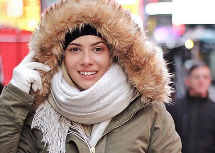 Λάουρα Νάργες: Με ποιον ήπιε ποτά στη Νέα Υόρκη; Video   tlife.gr
