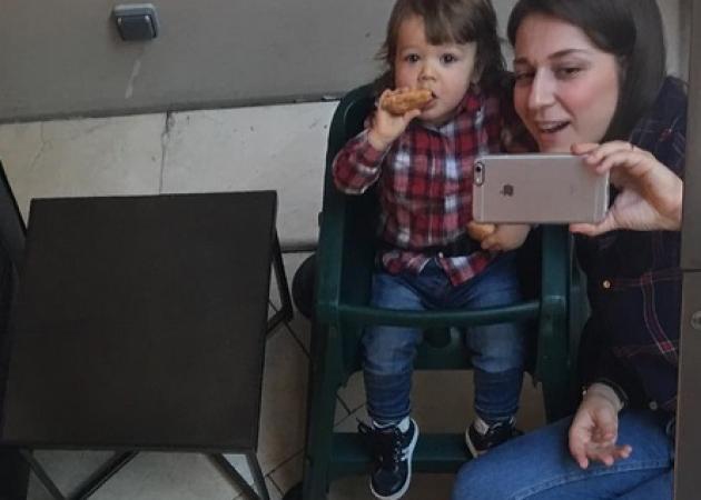 Νίκος Ορφανός – Αντιγόνη Παφίλη: Όμορφες στιγμές με τον κούκλο γιο τους! | tlife.gr