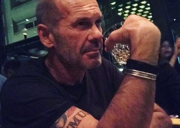 Πέτρος Κωστόπουλος: Μας δείχνει τον καλύτερο φίλο του γιου του Μάξιμου! | tlife.gr