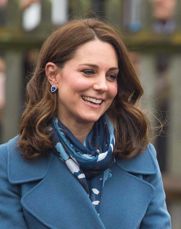 Ο πραγματικός λόγος που η Kate Middleton έκοψε τα μαλλιά της!   tlife.gr