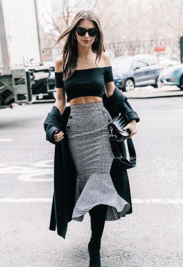 Νέα Υόρκη με midi φούστα