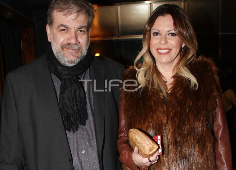 Δημήτρης Σταρόβας: Σπάνια βραδινή έξοδος με την αγαπημένη του! [pics] | tlife.gr