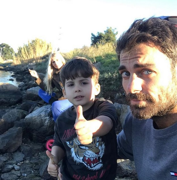 Στέλιος Χανταμπάκης: Δεν φαντάζεσαι τι διαβάζει ο 4χρονος γιος του για να κοιμηθεί! | tlife.gr