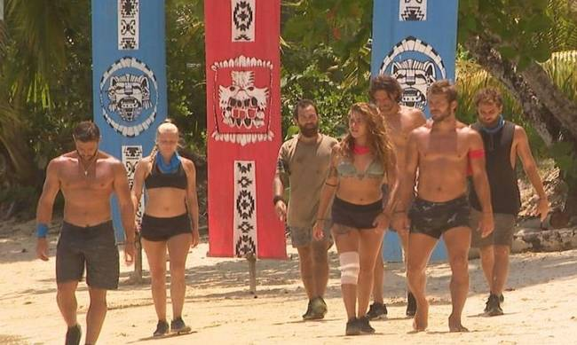 Survivor: Τα δύο «στρατόπεδα» που χωρίστηκαν οι πρώην παίκτες του reality για να δουν την πρεμιέρα! [pics,vid] | tlife.gr