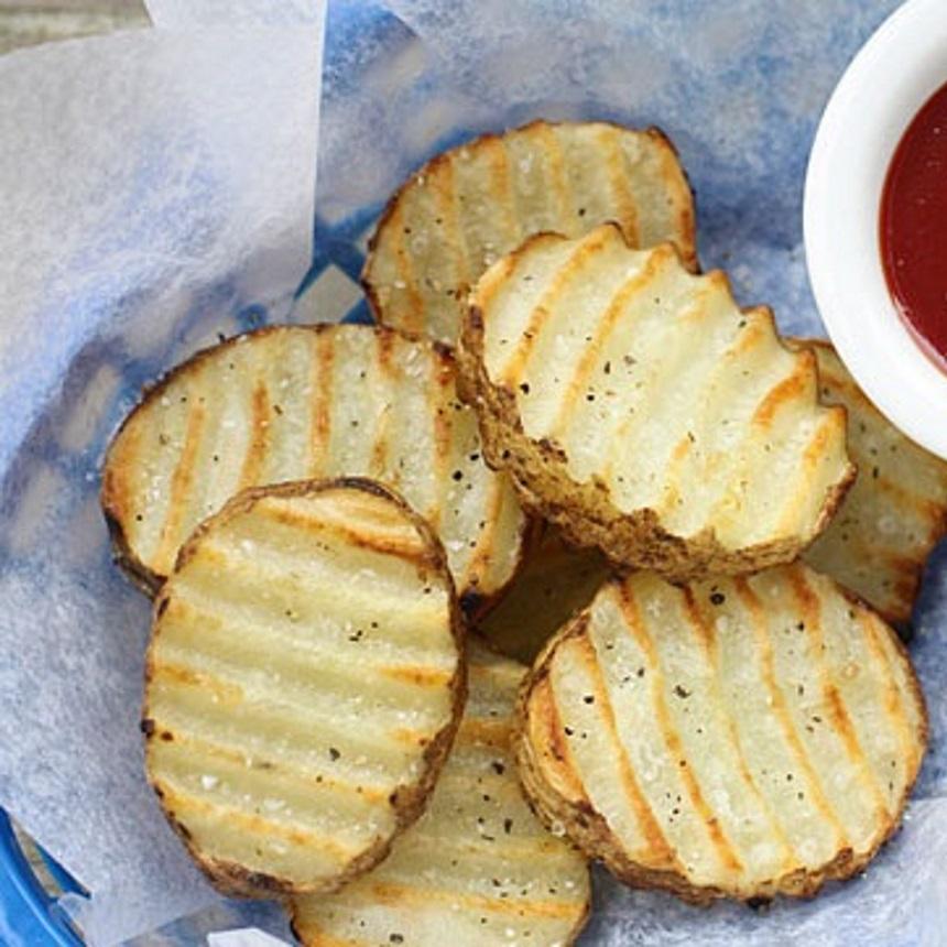 Τραγανές και κυματιστές πατάτες φούρνου