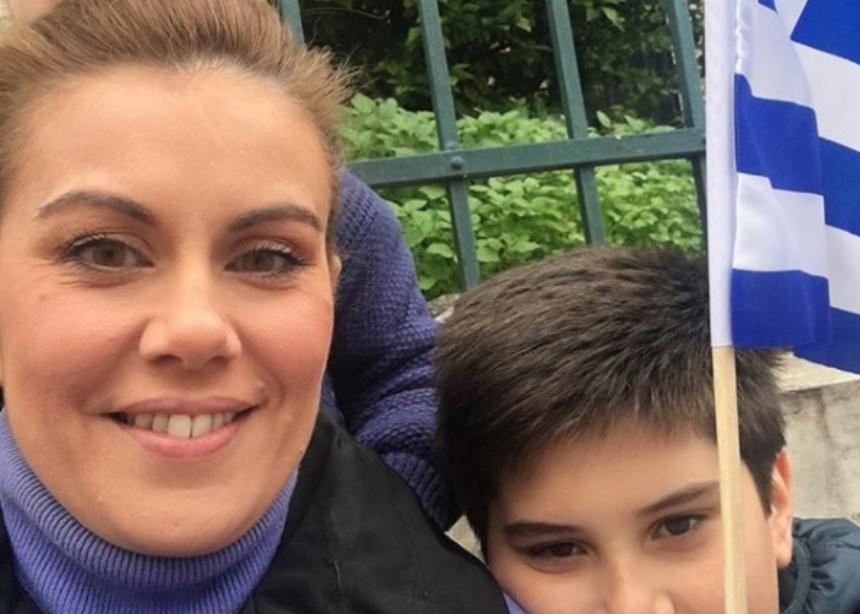 Ευγενία Μανωλίδου: Στο συλλαλητήριο για τη Μακεδονία με τα παιδιά της! [pic] | tlife.gr