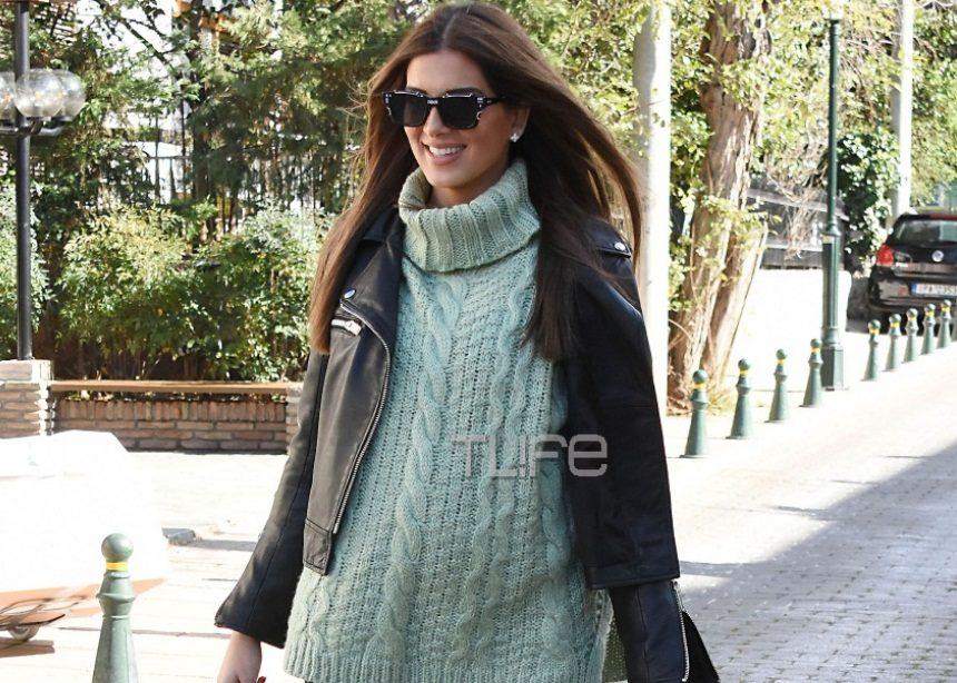 Σταματίνα Τσιμτσιλή: Με casual look στην Κηφισιά στον 6ο μήνα της εγκυμοσύνης της! [pics] | tlife.gr