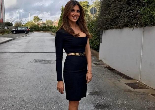 Σταματίνα Τσιμτσιλή: Η κόρη της φωτογραφίζει τη φουσκωμένη κοιλίτσα της!   tlife.gr
