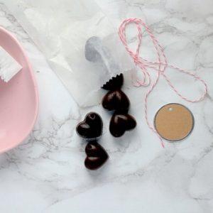 Αλατισμένες σοκολατένιες καρδιές καρύδας για… ερωτευμένους