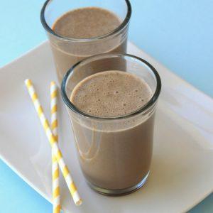 Σοκολατένιο smoothie με φυστικοβούτυρο