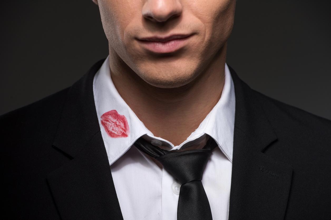 Απιστία: Τα σημάδια στη συμπεριφορά του που προδίδουν ότι δεν είναι πιστός πια | tlife.gr