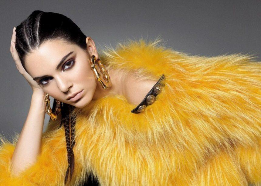 Η Kendall Jenner στα βήματα της Kim: Εμφανίζεται σε παπαρατσική φωτογράφιση με τα νέα Yeezy | tlife.gr