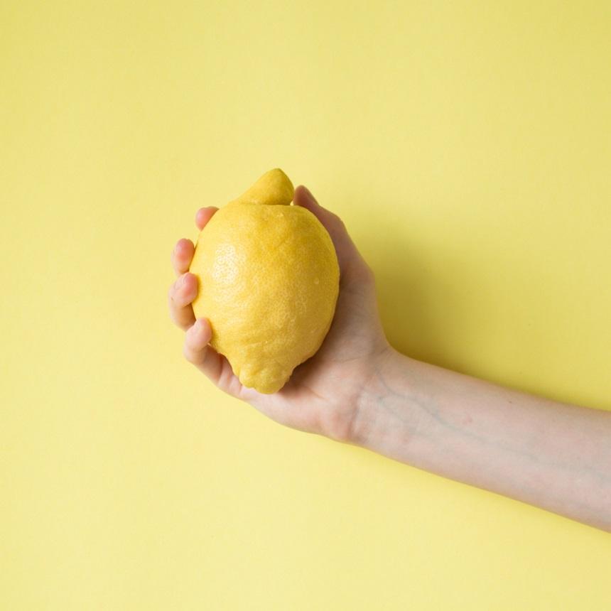 Όταν η ζωή σου δίνει λεμόνια… Πάγωσέ τα!