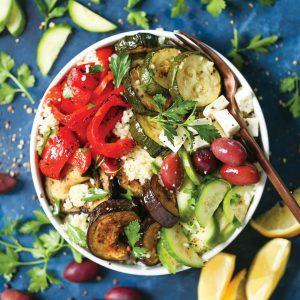 Δυναμωτική σαλάτα με κουσκούς και ψητά λαχανικά