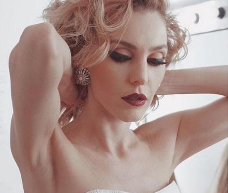 Τάμτα: Ο ρόλος της στο Cabaret και οι αποκαλύψεις για τη σχέση της! | tlife.gr