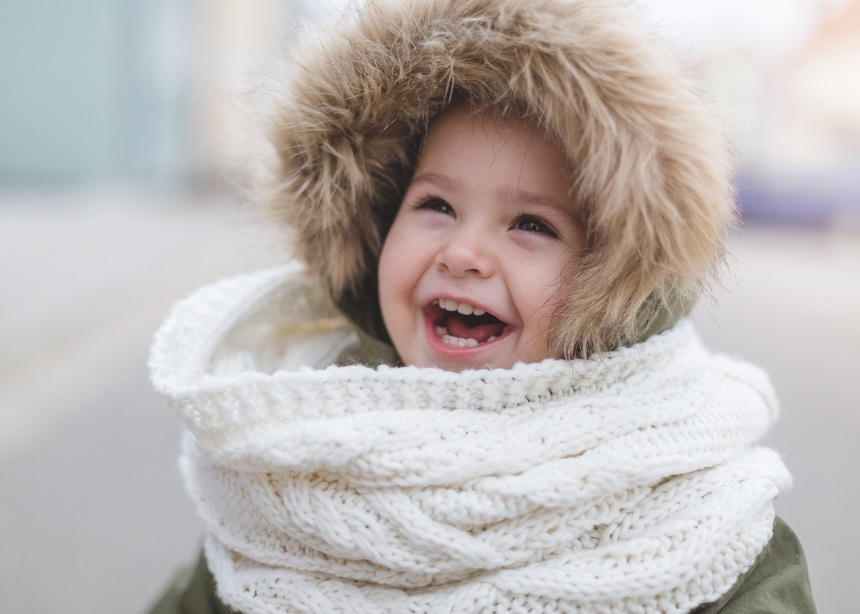 """Εξωτερικές δραστηριότητες: 5 """"χειμωνιάτικοι"""" κίνδυνοι που αντιμετωπίζουν τα παιδιά"""