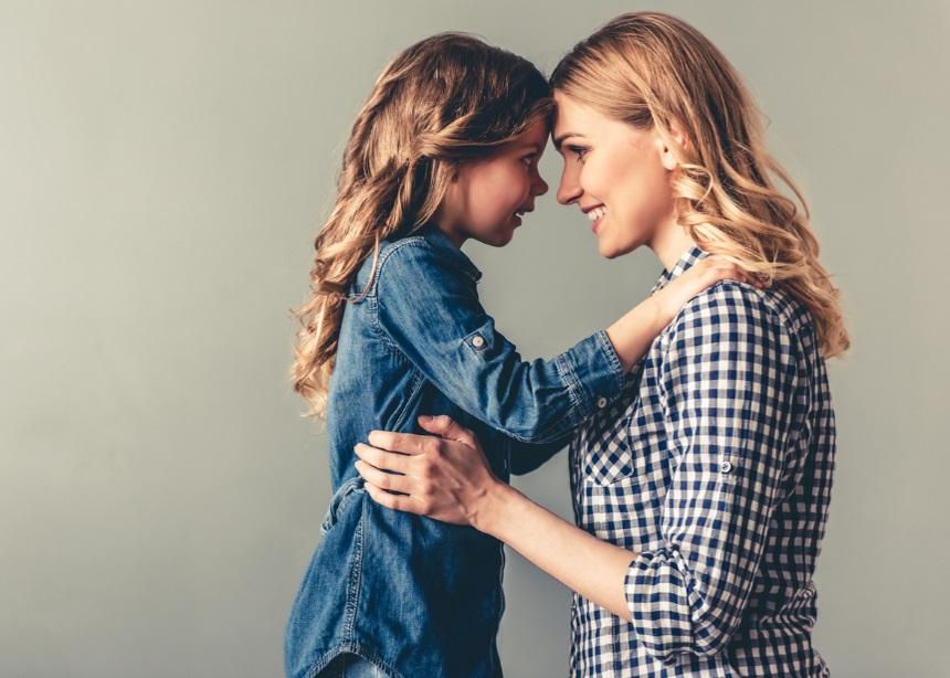 Όταν η μαμά λείπει από το σπίτι: Η ειδικός σε συμβουλεύει πώς να διαχειριστείς τα παιδιά