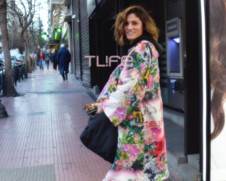 Μαίρη Συνατσάκη: Βόλτες με ανοιξιάτικη διάθεση στο Κολωνάκι, λίγο πριν από την παρουσίαση του Madwalk! [pics] | tlife.gr