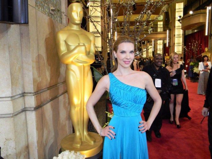 Χριστίνα Αλούπη: Αναπολεί τις εμφανίσεις της στο κόκκινο χαλι των Όσκαρ | tlife.gr