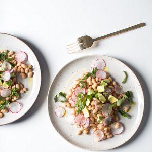 Δροσερή σαλάτα φασολιών με ραπανάκι