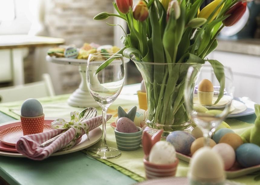 Ήρθε η ώρα να φτιάξουμε κουλουράκια και να βάψουμε αυγά! Δες πώς θα κάνεις κάτι διαφορετικό φέτος… | tlife.gr