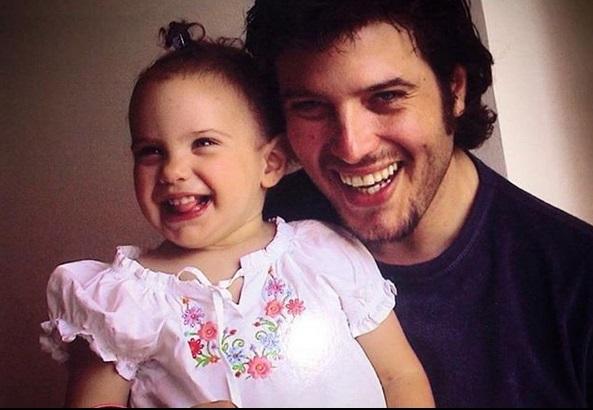 Λάμπης Λιβιεράτος – Εύη Αδάμ: Η μεγάλη κόρη τους έγινε 18 και είναι μια καλλονή! [pics] | tlife.gr