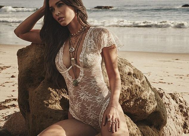 Megan Fox: Aνεβάζει τη θερμοκρασία, φορώντας μόνο σέξι εσώρουχα! [pics,vid] | tlife.gr