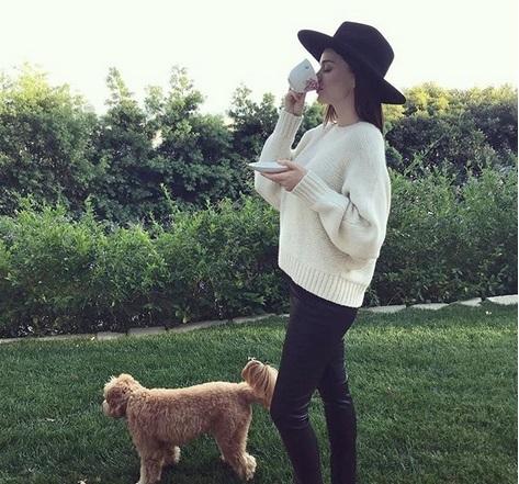 Miranda Kerr: Γεύμα με την Marie Chantal και την Μαρία Ολυμπία! [pic]