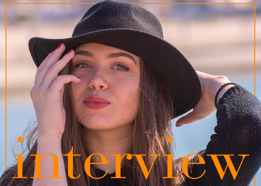 Νικόλ Σαραβάκου στο TLIFΕ: «Οι επιρροές από τους γονείς της, το ρεκόρ της στη μουσική και το νέο album!»