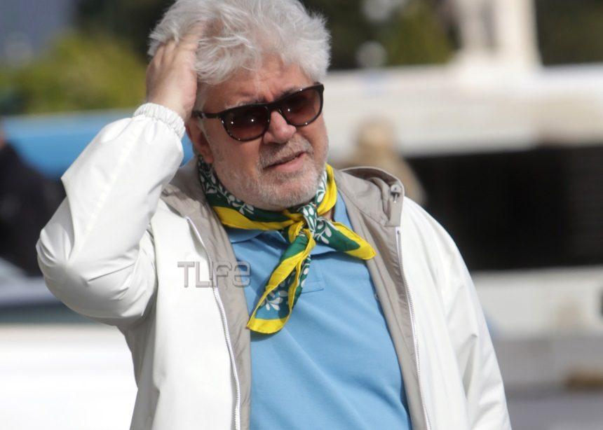 Pedro Almodovar: Το ταξίδι στην Αθήνα και η τυχαία συνάντηση με Έλληνα παρουσιαστή | tlife.gr