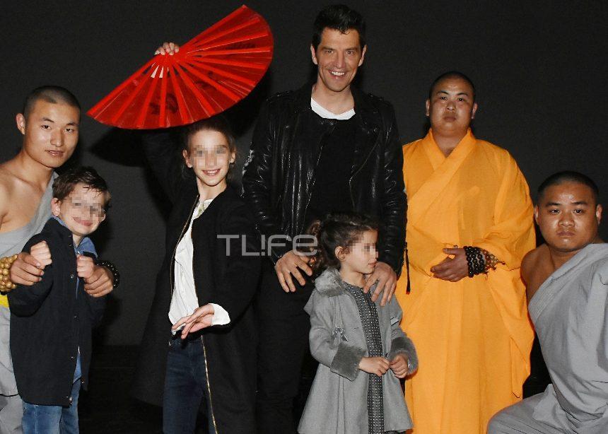 Σάκης Ρουβάς: Απόλαυσε με τα παιδιά του ένα ξεχωριστό θέαμα! [pics]   tlife.gr