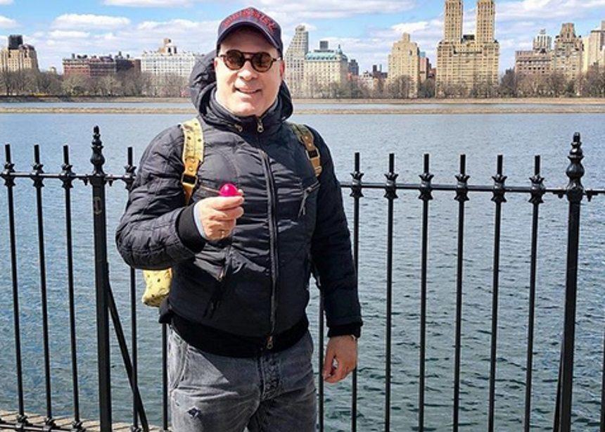 Φώτης Σεργουλόπουλος: Τσούγκρισε αυγά στη Νέα Υόρκη [pics] | tlife.gr