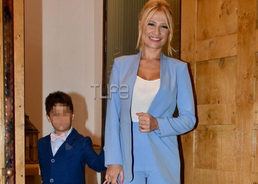Φαίη Σκορδά: Επίσημη εμφάνιση συνοδευόμενη από τον γιο της [pics] | tlife.gr