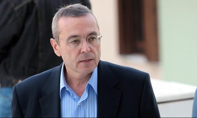 Αιμίλιος Λιάτσος: Στα χέρια της τράπεζας η βίλα του γνωστού δημοσιογράφου | tlife.gr