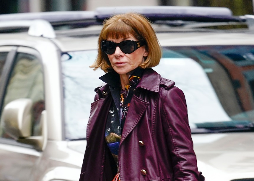 Anna Wintour: Τελικά θα αποχωρίσει το καλοκαίρι από τη Vogue; | tlife.gr