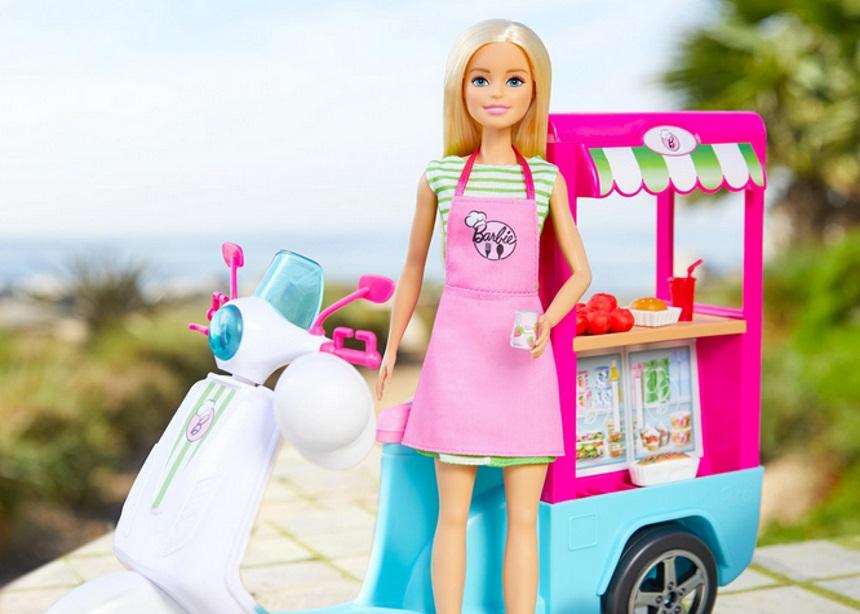 Barbie Roberts. Barbie who? Ναι, είναι αλήθεια, η αγαπημένη κούκλα έχει και επώνυμο! | tlife.gr