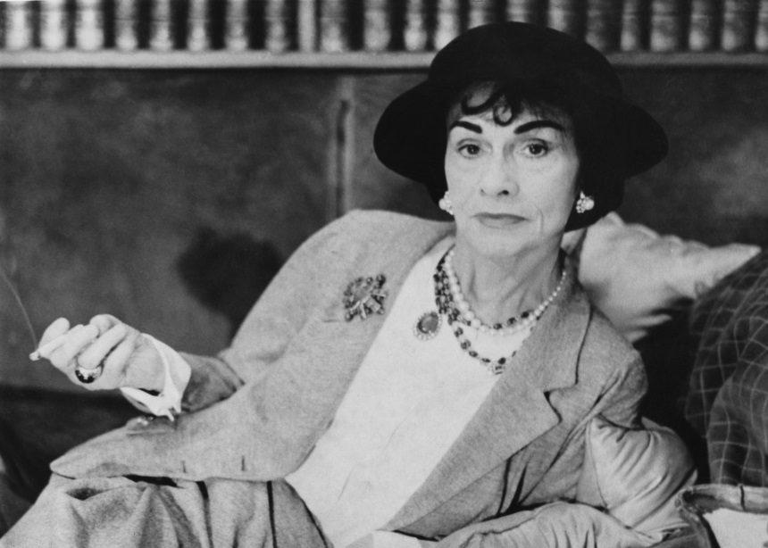 3 κανόνες για άψογο style από την Coco Chanel | tlife.gr